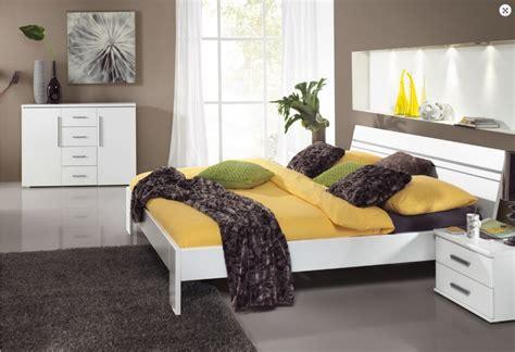 Sprei Kendra Signature Terbaru Ukuran King Size 180x200 Zt10549 180x200 x bed lira bed x microfibre the one furniture