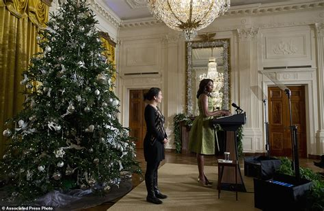 white house curtains michelle obama unveils record breaking white house