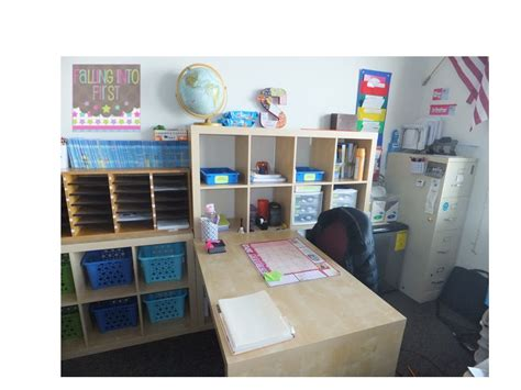 Falling Into First The Teacher Desk Of My Dreams Classroom Desk Organization