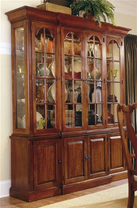 Lemari Credenza 4 door buffet server w glass door hutch in cherry bob timberlake cherries bobs and buffet