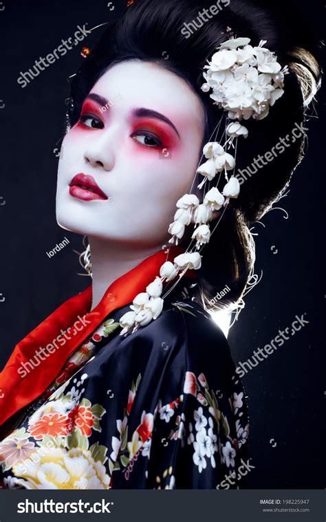 Hitam Black Model Kimono beautiful asian womans portrait geisha stock photo 198225947