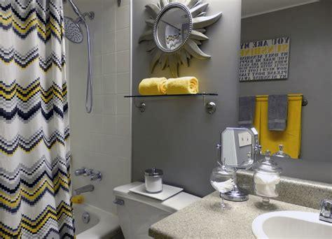 black yellow and gray bathroom banheiros pequenos fotos e dicas imperd 237 veis arquidicas