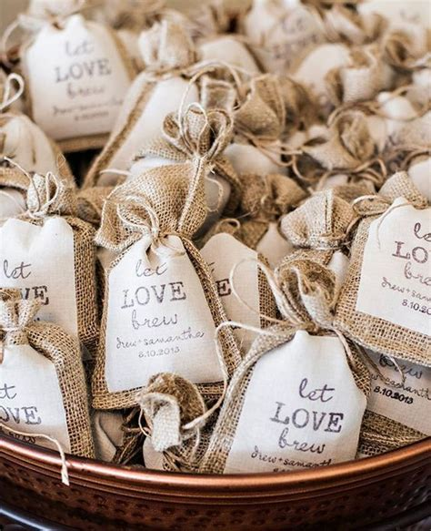 best edible wedding favor ideas best 25 edible wedding favors ideas on