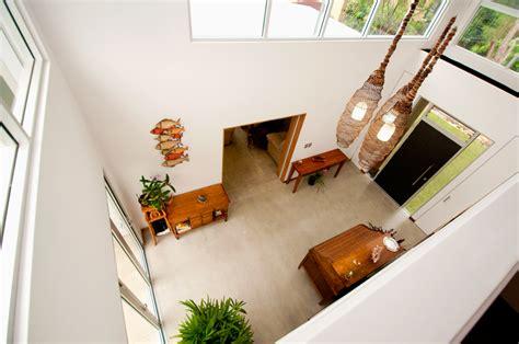 design void rumah rumah lebih lega dengan jendela dan void jual beli