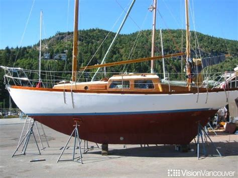 rowing boats for sale queensland 27 best yachts images on pinterest boats for sale boats