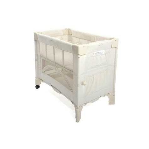 Mini Crib Co Sleeper Arm S Reach Mini Co Sleeper Bassinet This Was Amazing During The Three Months I Could