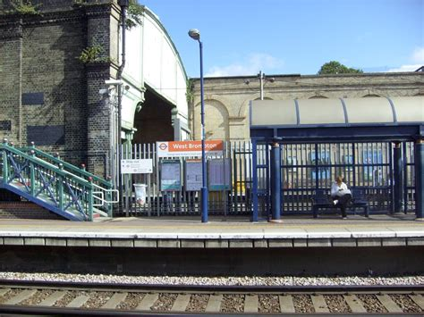 london by tube over 1785031503 west brompton london underground and overground station stazioni ferroviarie old brompton