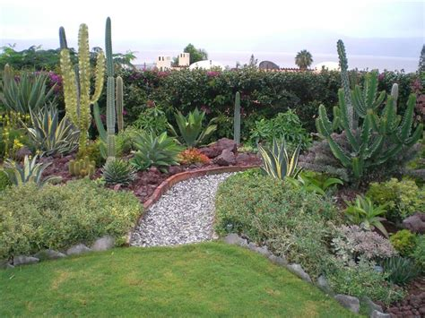 mexican garden living expenses gardeners and in chapala ajijic