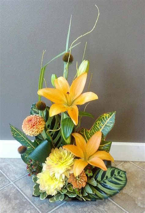flower arrangements design florist friday recap 9 15 9 21 autumn allure