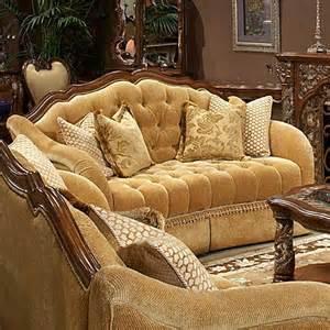 Comfortable Settee 10 Victorian Style Loveseats Sofas Designs