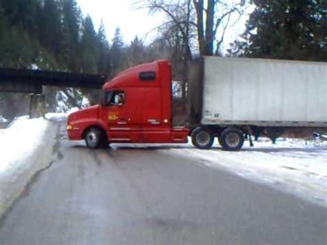 semi truck      turn youtube