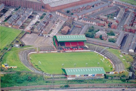 the oval the oval belfast wikis the full wiki