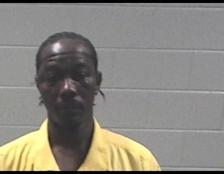 Pascagoula Ms Arrest Records Marlin Shenell Burrage Inmate Njcadc0000014725 Jackson County Detention Center