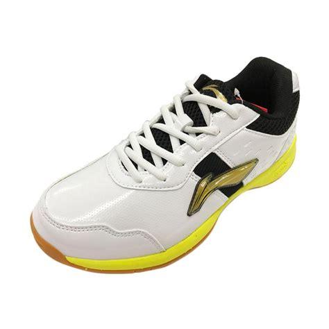 Sepatu Pria Murah Macbeth Black White jual li ning sepatu badminton pria white black aytm059 original harga