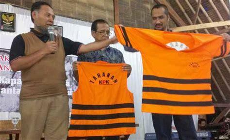 Kaos Tshirt Tahanan Kpk baju baru tahanan kpk oleh ira oemar kompasiana