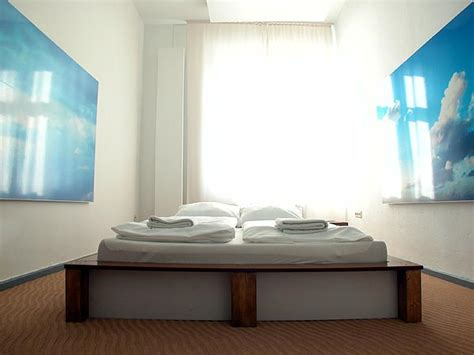 Bedroom Wallpaper Sky Clouds Bedroom With Sky Wallpaper Poster Interior Design