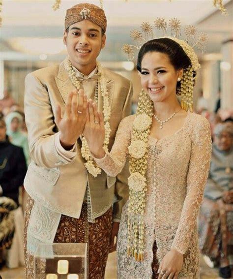 Wedding Dress Adat Jawa by 25 Ide Terbaik Gaun Pengantin Di Gaun