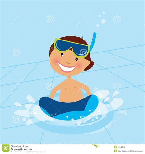 clipart nuoto piccolo nuoto ragazzo nel raggruppamento di acqua