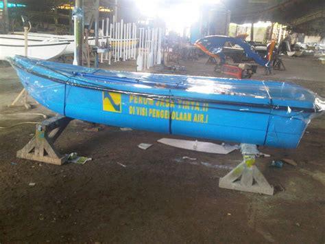 Perahu Dayung Perahu Mini Danau Perahu jual perahu dayung kecil perahu fiber septictank biotech