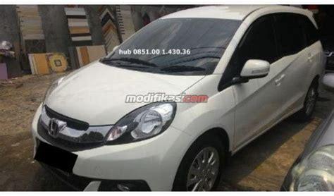 Alarm Mobil Mobilio 2014 honda mobilio e cvt at blower warna putih