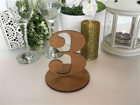 numeri tavoli ristorante oltre 25 fantastiche idee su numeri di legno tavolo su