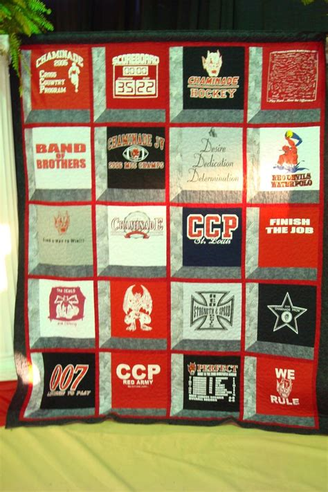Handmade T Shirt Quilts - 1000 images about custom t shirt quilt ideas on