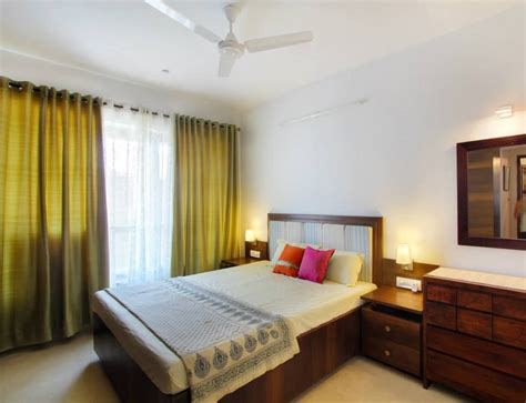 simple guest room    small living