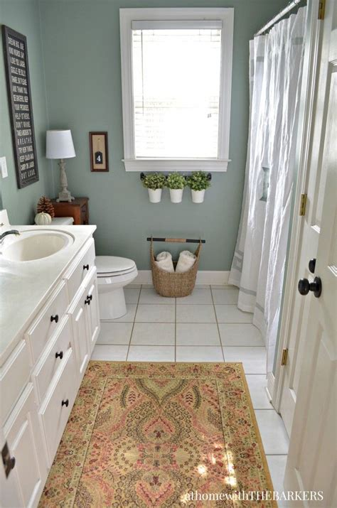 Warm Bathroom Paint Colors by Best 25 Green Bathroom Colors Ideas On Green