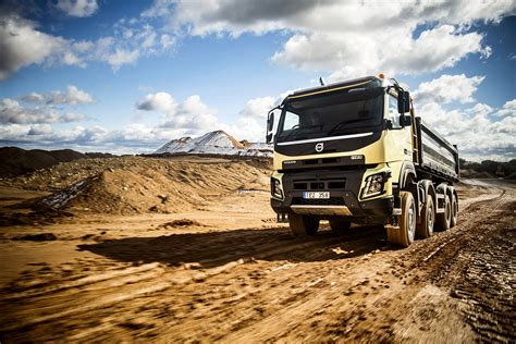 the new volvo truck new volvo fmx truck launched autoevolution