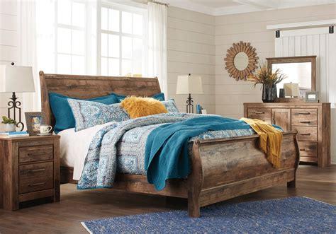 sleigh bed bedroom sets for less overstock com blaneville king sleigh bedroom set lexington overstock