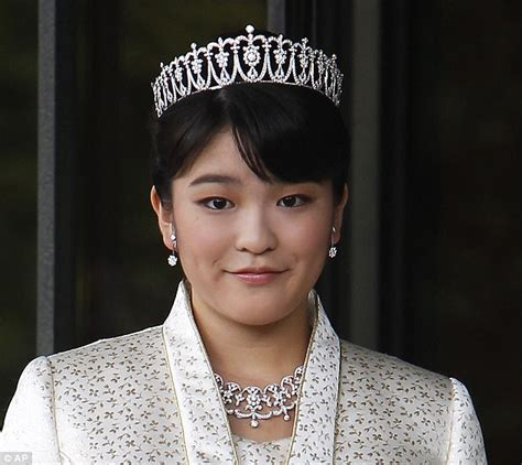 s princess japan s princess mako to get married and become a commoner