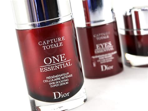One Essential Detox Serum by Detoxify With The Capture Totale One Essential