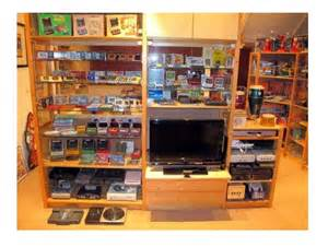 We all see these game rooms man caves online pictures here and there