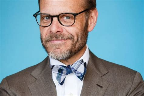 Alton Browns In It For Three More Years 29 awesome things you didn t about alton brown