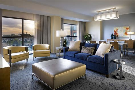 room redesign walt disney world swan and dolphin hotel finishes swan