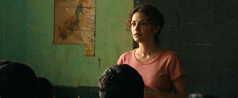 film jailangkung 2017 review paulina movie review film summary 2017 roger ebert