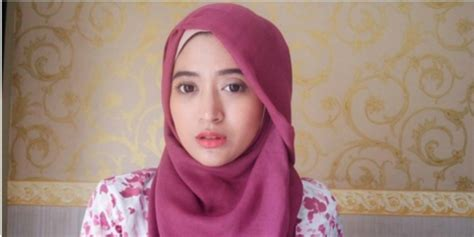Model Jilbab Persegi Tutorial Jilbab Ala Farani Co Id