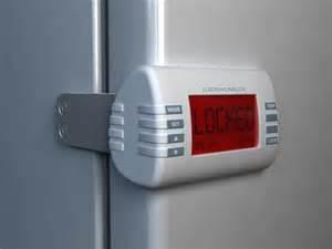 Child Locks For Kitchen Cabinets 25 best ideas about refrigerator lock on pinterest