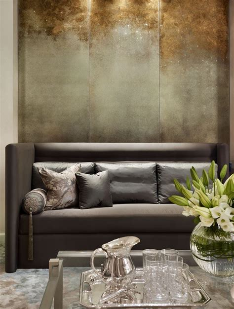 best paint finish for living room 25 best ideas about gold painted walls on pinterest