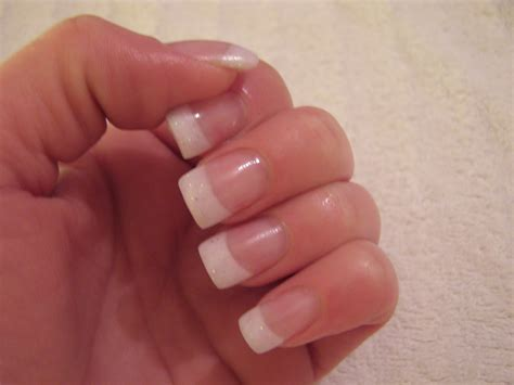 Acrylic Tipis health nails article