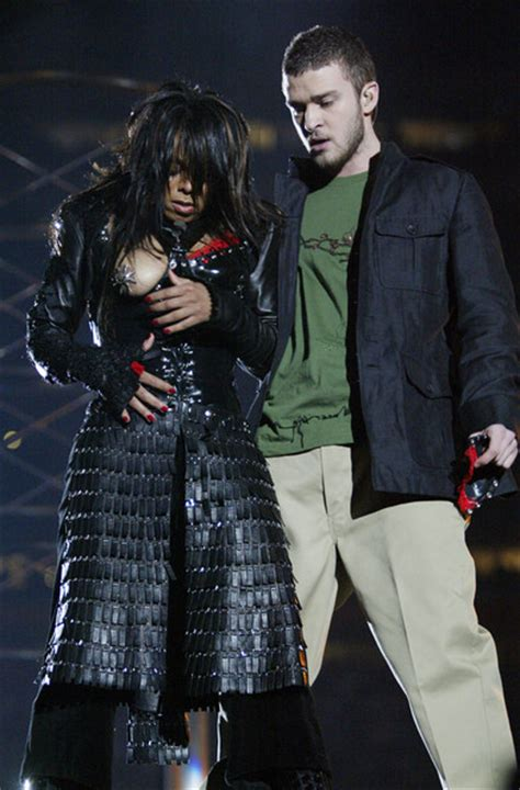 2004 Bowl Halftime Show Wardrobe by Justin Timberlake In 2004 Entertainment Pictures Of The