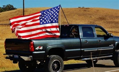 truck bed flag is it disrespectful to wave the american flag on the back