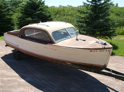 vintage chris craft project boats for sale 1965 chris craft 17 ski boat classic wooden boats for