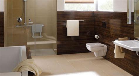 Badezimmer Fliesen Vermieter by Dusche Renovieren Schimmel Raum Und M 246 Beldesign Inspiration