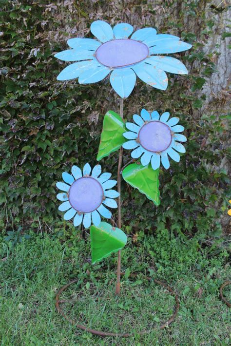 large metal garden flowers large metal daisies garden flowers assorted colors