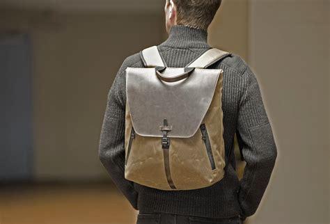Tas Selempang Foxray Firefly Bag til keren saat ke kantor dengan tas ransel handmade ini