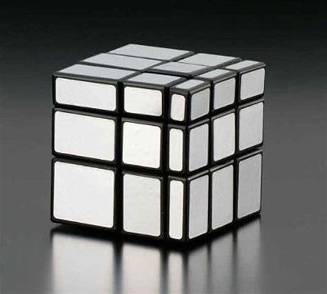 tutorial rubik 3x3 mirror rubiks mirror blocks puzzle bumps out of the cube technabob