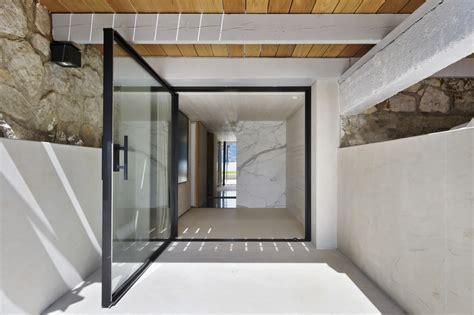 large door vitrocsa the swiss certified uk partner of vitrocsa minimal windows