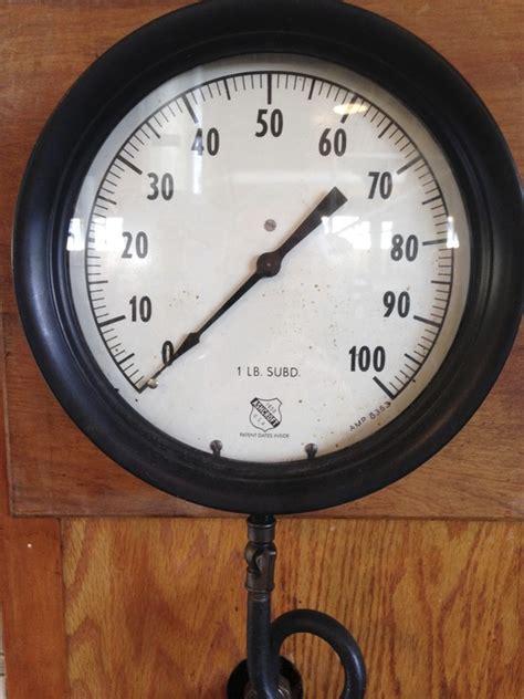 ashcroft steam pressure gauge  england wireless steam museum