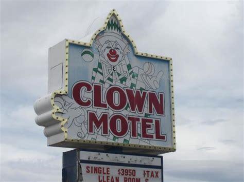clown motel tonopah recenze tripadvisor clown motel s reception picture of clown motel tonopah tripadvisor